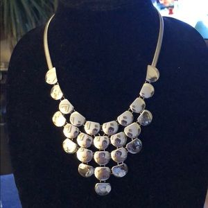 Express fashionable necklace